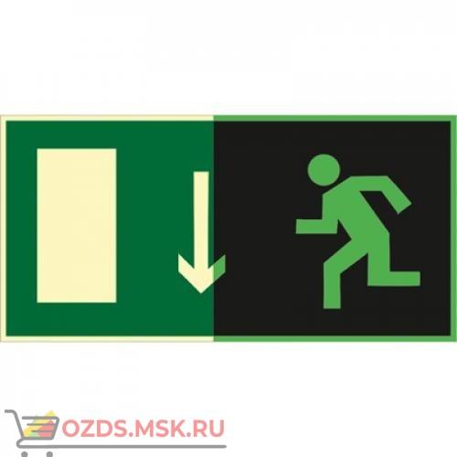 Знак E10 Указатель двери эвакуационного выхода (левосторонний) (Фотолюминесцентный Пластик 150 x 300) Т1