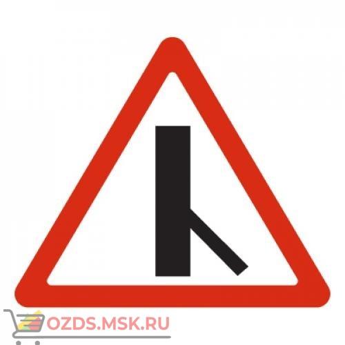 Дорожный знак 2.3.6 Примыкание второстепенной дороги (A=900) Тип А