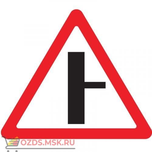 Дорожный знак 2.3.2 Примыкание второстепенной дороги (A=900) Тип Б